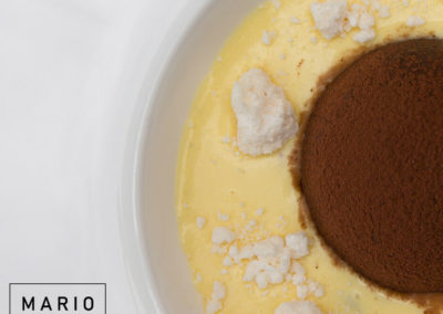 Semifreddo al cioccolato, crema inglese e meringa